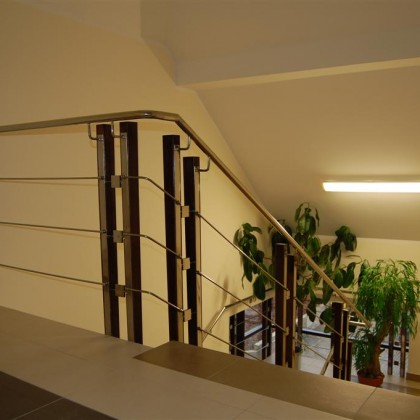 External and internal railings